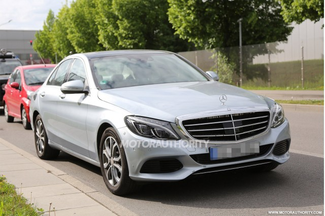 2016 Mercedes-Benz C-Class Plug-In Hybrid spy shots