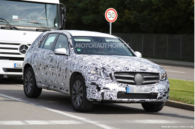 2016 Mercedes-Benz GLK-Class (GLC) spy shots