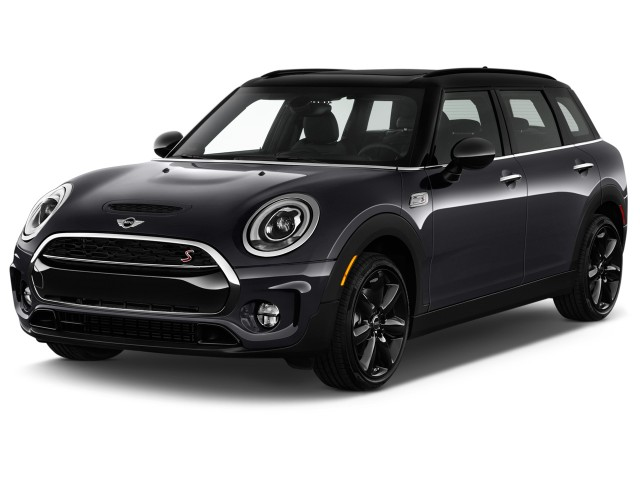 2016 MINI Cooper Clubman 4-door HB S Angular Front Exterior View