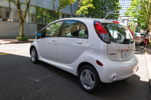 2016 Mitsubishi i-MiEV Quick Drive  -  photo credit Doug Berger, NWAPA