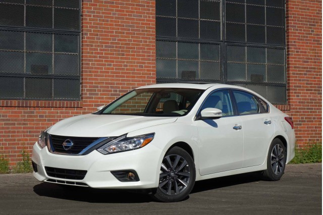 2016 nissan altima 2 5 sl gas mileage review. Black Bedroom Furniture Sets. Home Design Ideas