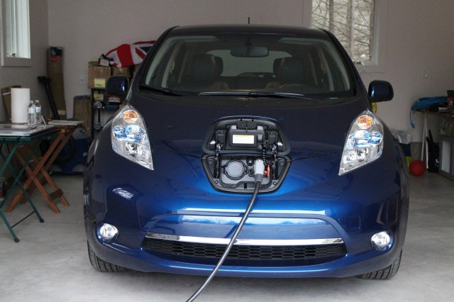 Is A Fuel Cell Like An Electric Car
