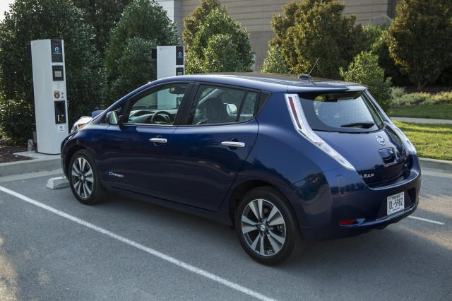 Half Of Car Buyers Say Electric Car Must Have Miles Of Range
