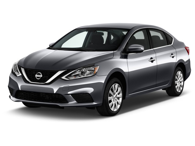2016 Nissan Sentra 4-door Sedan I4 CVT SV Angular Front Exterior View