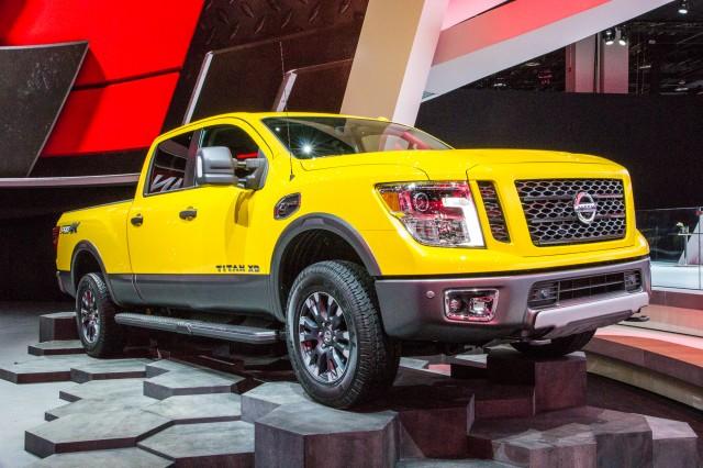 2016 Nissan Titan live photos, 2015 Detroit Auto Show
