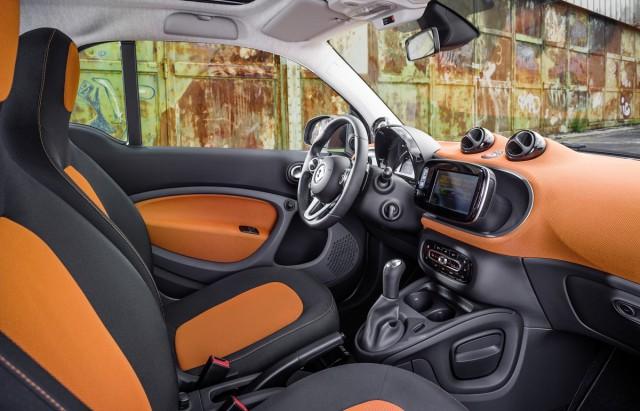 2016 Smart Fortwo European Version First Drive Barcelona Nov 2017