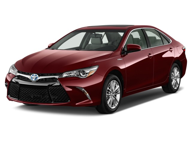 2016 Toyota Camry Hybrid 4-door Sedan SE (GS) Angular Front Exterior View