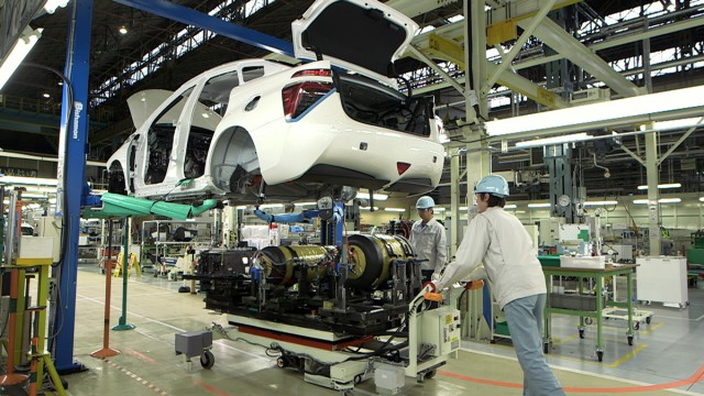 2016 Toyota Mirai construction at Motomachi plant