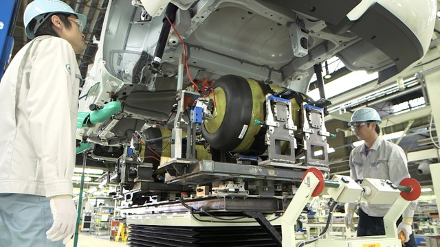 2016 Toyota Mirai construction at Motomachi plant