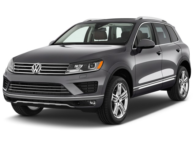 2016 Volkswagen Touareg 4-door TDI Executive Angular Front Exterior View