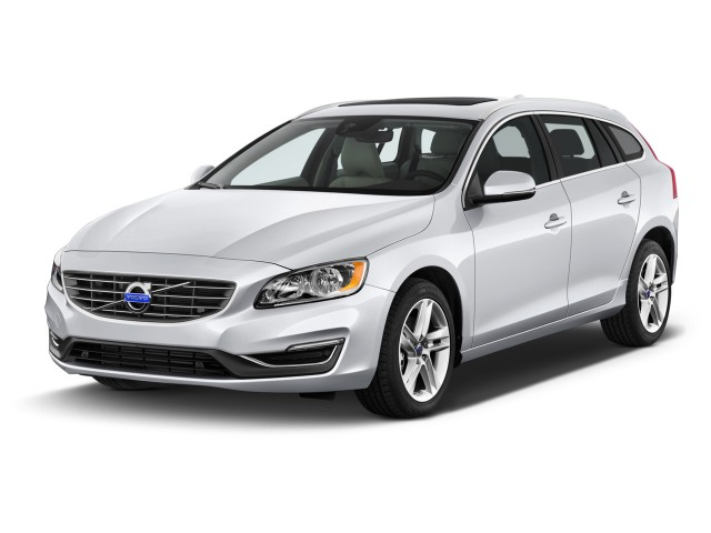2016 Volvo V60 4-door Wagon T5 Drive-E FWD Angular Front Exterior View