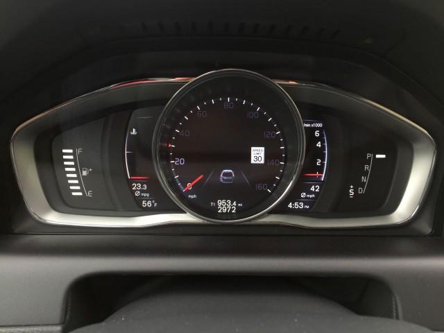 2016 Volvo XC60 T6 AWD Drive-E: gas mileage review