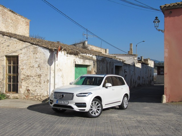 2016 Volvo XC90 T8 'Twin Engine' plug-in hybrid, Spain, Feb 2015