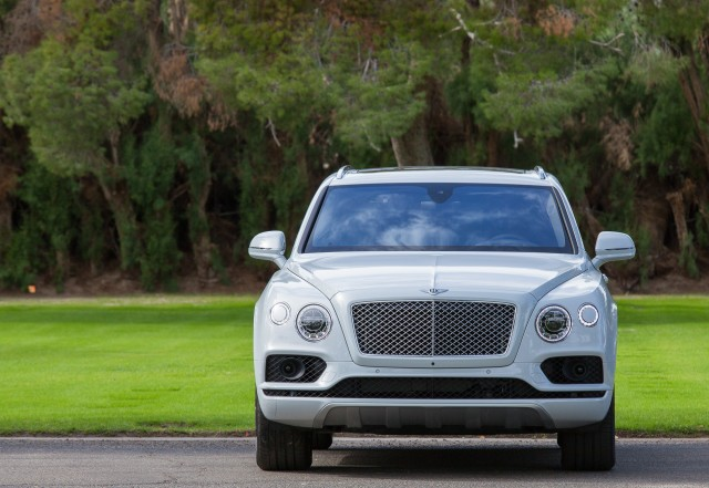 Bentley Bentayga Plug In Hybrid Suv To Debut March At Geneva Auto Show