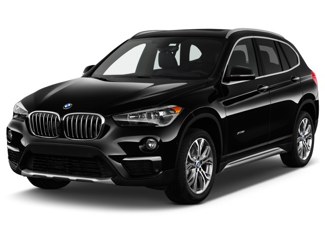 2017 BMW X1 xDrive28i Sports Activity Vehicle Angular Front Exterior View