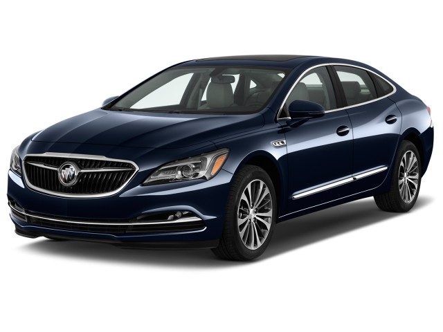 2017 Buick Lacrosse 4-door Sedan Essence FWD Angular Front Exterior View