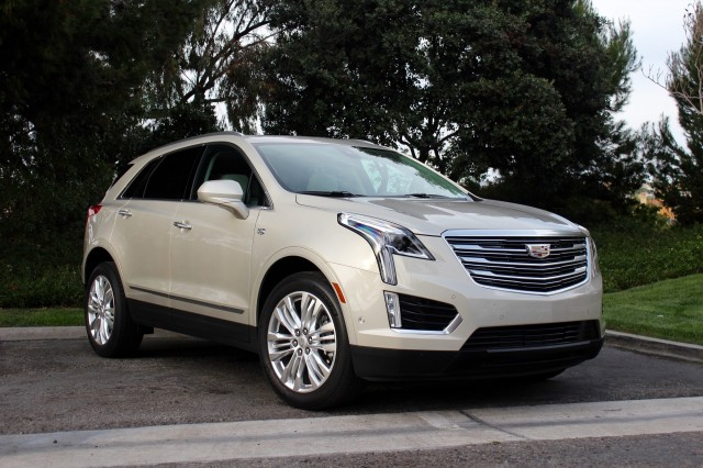 Cadillac three-row crossover coming with stretched version of XT5 platform