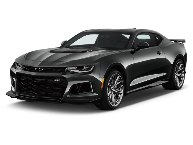 2017 Chevrolet Camaro 2-door Coupe ZL1 Angular Front Exterior View