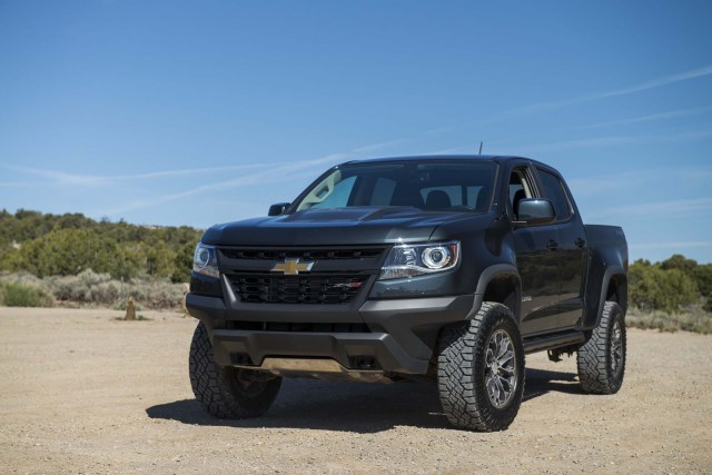 5 ways the chevy colorado turns into a zr2. Black Bedroom Furniture Sets. Home Design Ideas