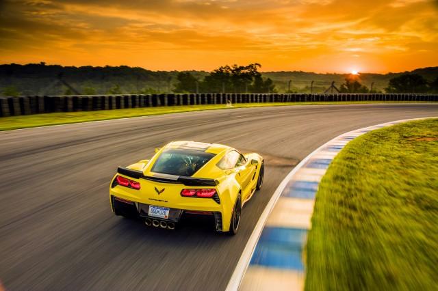 2017 Chevrolet Corvette Grand Sport, yellow