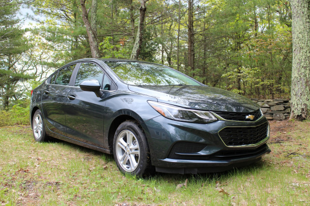 2017 Chevrolet Cruze Diesel (with 6-speed automatic transmission), Catskill Mountains, NY, May 2017