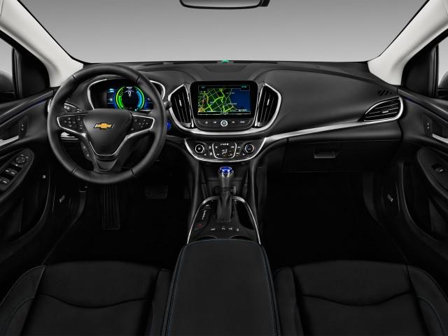 2017 Chevrolet Volt 5dr Hb Premier Dashboard