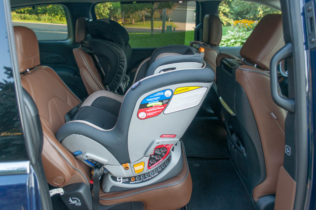 Pediatricians: Children older than 2 can remain in rear-facing car seats