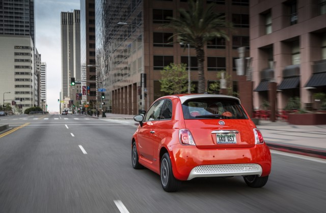 Ca Dealer Offers Fiat 500e Electric Car At 49 A Month 0 Down In