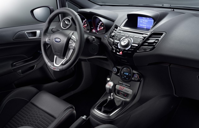 Ford s hotter fiesta is the st200 for Interieur ford focus