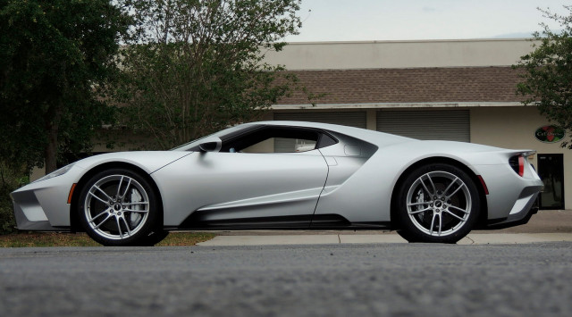 2017 Ford GT sold at Mecum auction for $1,815,000