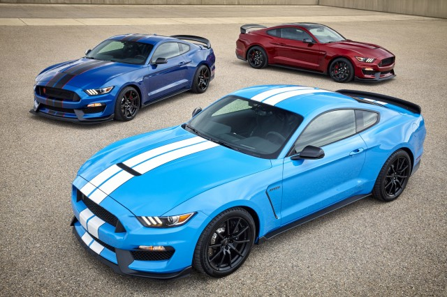 2018 Shelby Gt350 >> Ford Mustang Shelby Gt350 Sticking Around For 2018