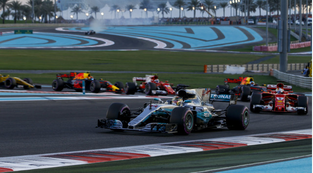 bottas on top at formula 1 abu dhabi grand prix. Black Bedroom Furniture Sets. Home Design Ideas