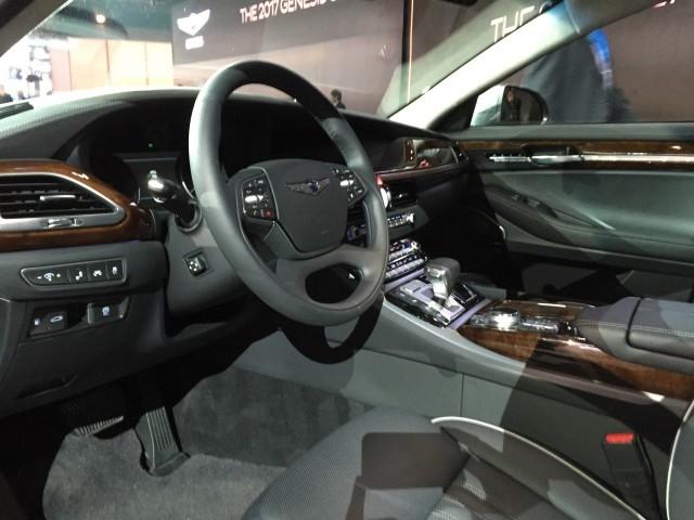 2017 Genesis G90 2016 Detroit Auto Show Live Photos