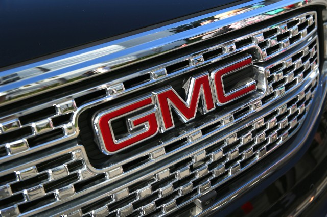 Report: GMC mulls new body-on-frame SUV