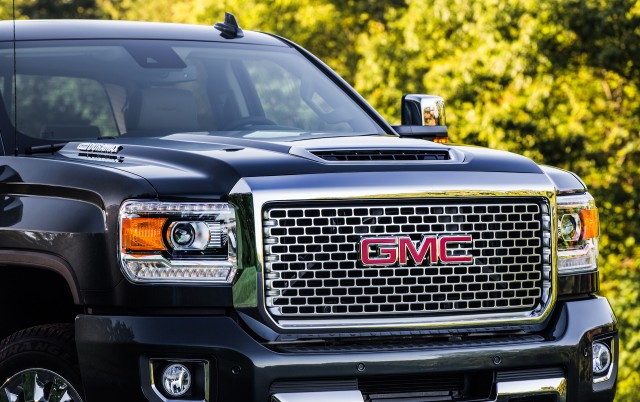 GM's latest Duramax V-8 dials up 445 hp and 910 lb-ft