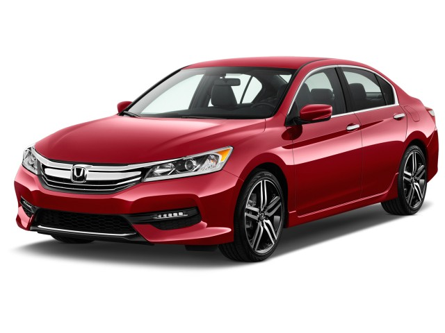 2017 Honda Accord Sedan Sport Manual Angular Front Exterior View