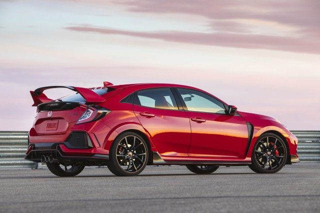 honda looks at adding power all wheel drive to civic type r. Black Bedroom Furniture Sets. Home Design Ideas