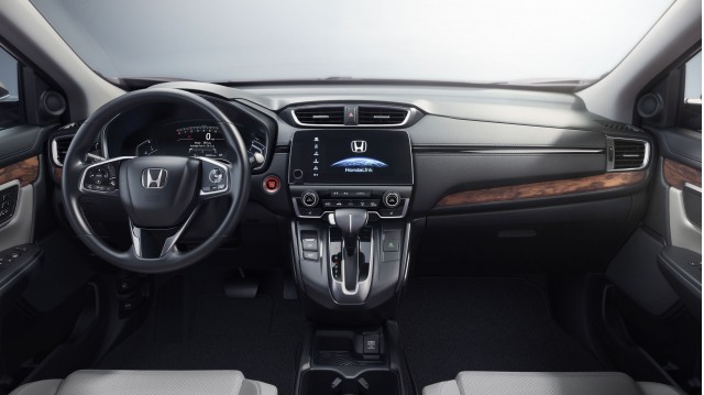 2017 Honda CRV crossover more standard safety features turbo engine