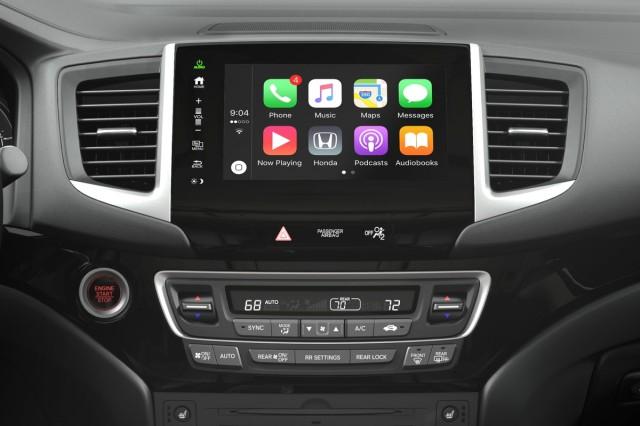 2017 Honda Pilot Apple CarPlay