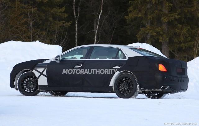 2017 Hyundai Equus spy shots - Image via S. Baldauf/SB-Medien