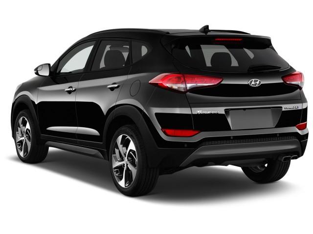 2017 Hyundai Tucson Limited FWD Angular Rear Exterior View
