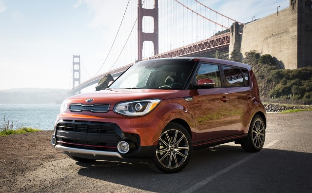 2017 Kia Soul Turbo first drive review - Image via Jeff Jablansky