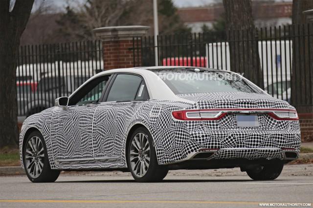 2017 Lincoln Continental spy shots - Image via S. Baldauf/SB-Medien