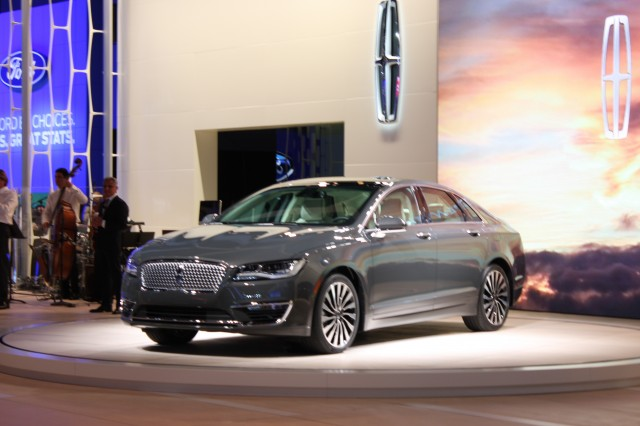 2017 Lincoln Mkz Priced From 35 935