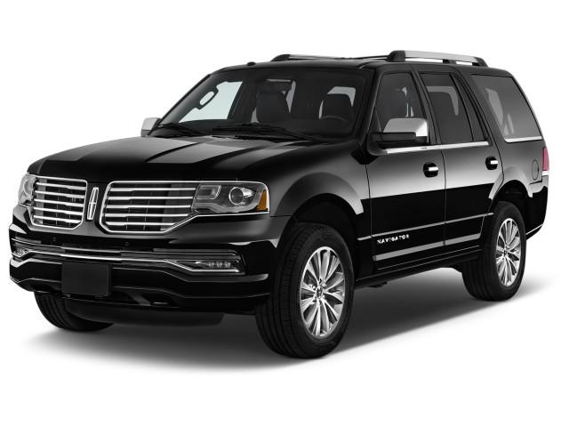 2017 Lincoln Navigator 4x2 Select Angular Front Exterior View