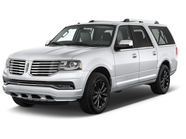 2017 Lincoln Navigator L 4x4 Select Angular Front Exterior View