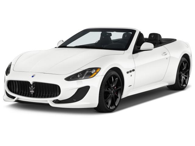 2017 Maserati GranTurismo Angular Front Exterior View