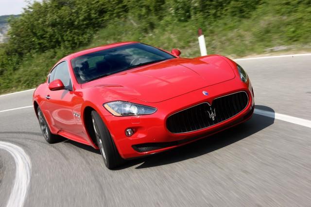 Maserati launches cpo program with 2 year unlimited mileage warranty 2017 maserati granturismo sciox Images