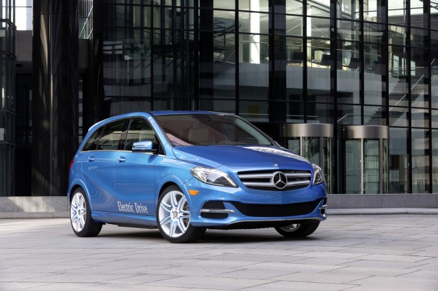 Latest image shows shape of mercedes eqa compact electric for Mercedes benz b250e lease