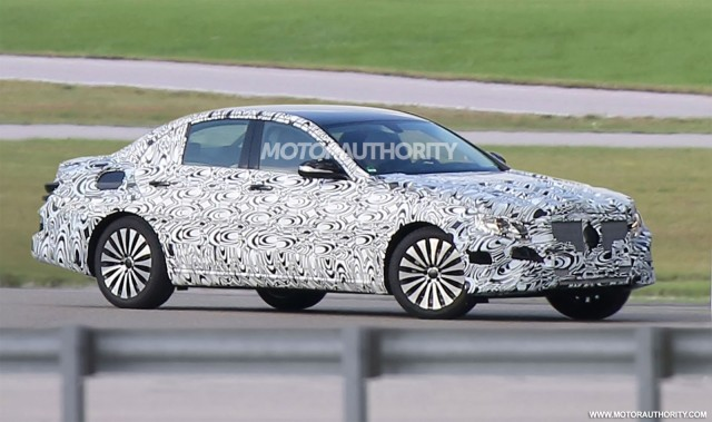 2017 Mercedes-Benz E-Class spy shots